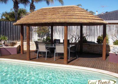 3.8x6m DIY-African Oval Hut