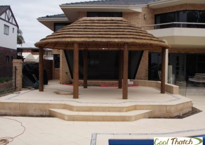 4.4x6m DIY-African Oval Hut