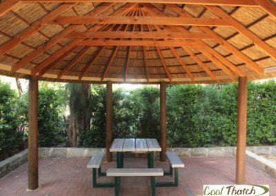 4.8x7m DIY-African Oval Hut