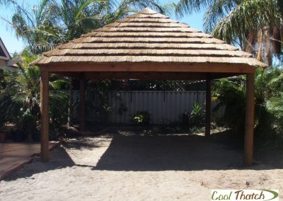 5x5m African Thatched Gazbo